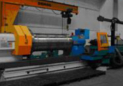 CNC horizontal lathe for machining long and big pipes 2